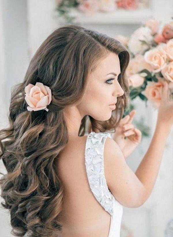 Peinados-de-pelo-largo-para-bodas-Larga-trenza-con-flores-748x1024_opt