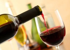 el vino y los alimentos que ayudan a eliminar la celulitis