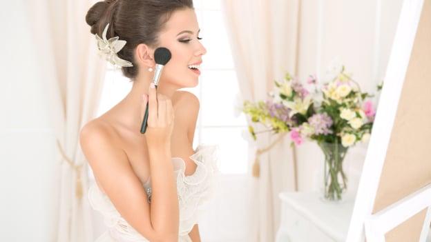7 Consejos para un hermoso maquillaje para novias de noche ¡Luce deslumbrante en tu gran día!
