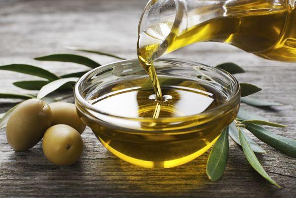 ¡Maravillosos motivos para usar el aceite de oliva en ayunas y tópico!