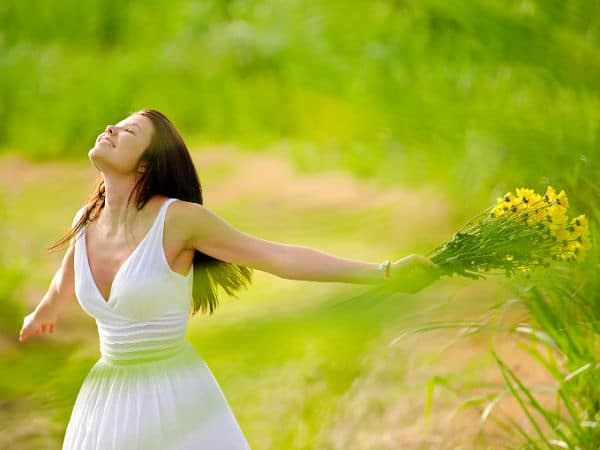 7 Maravillosas técnicas de cómo eliminar el pensamiento negativo